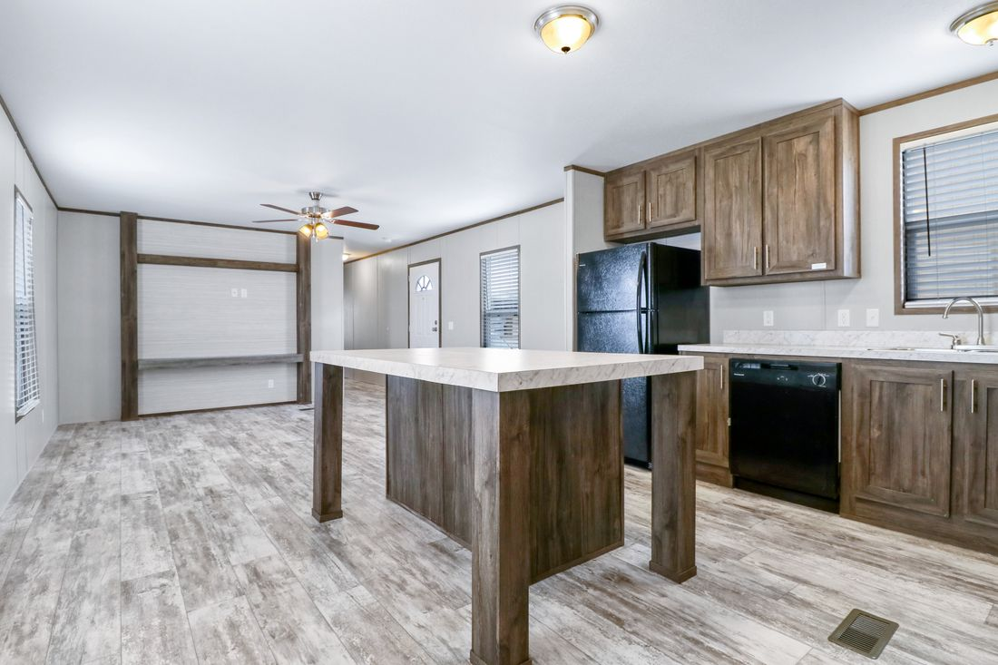 The DECISION MAKER 16763B Kitchen. This Manufactured Mobile Home features 3 bedrooms and 2 baths.